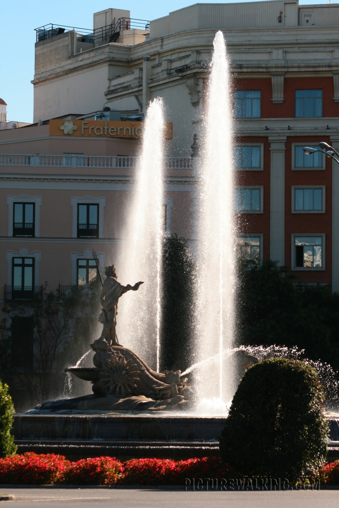 Plaza Neptuno Fountain